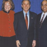 Famous Dave with President George Bush and Kathy Anderson